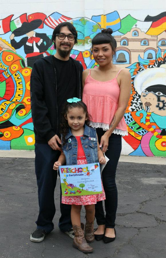 Promotion2015_Family.SIZED